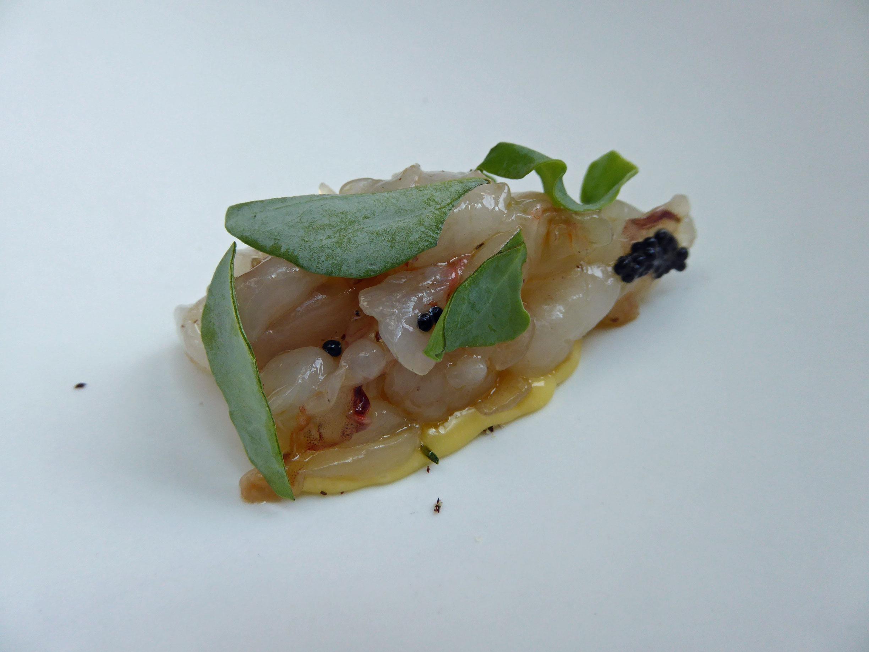Restaurante en Santander Tartar de langostinos y holandesa de salmuria