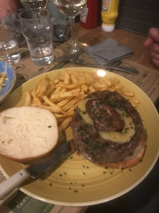 Hamburguesa parisina.