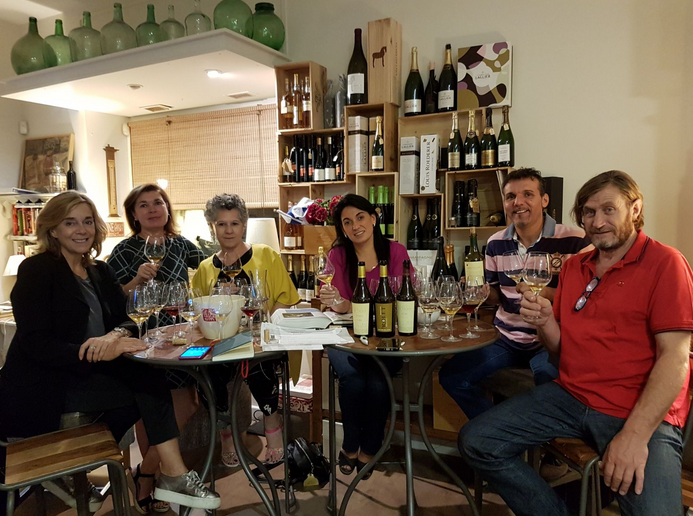 Grupo de Cata En-Torno-Al-Vino