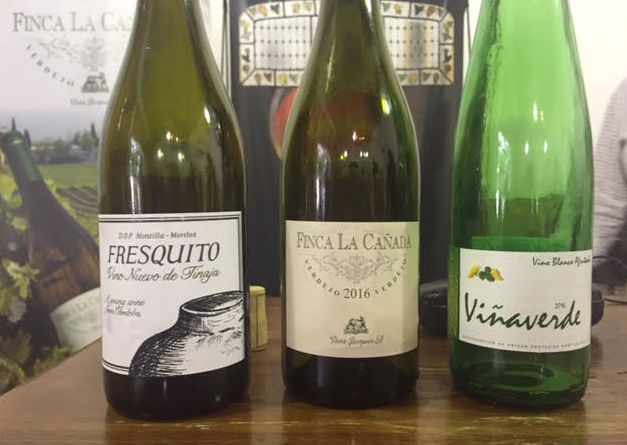 Fresquito, Finca la Cañada y Viñaverde, vinos blancos de Pérez Barquero