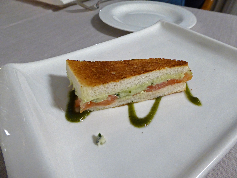 El Motel en Figueres Bocadillo de salmón