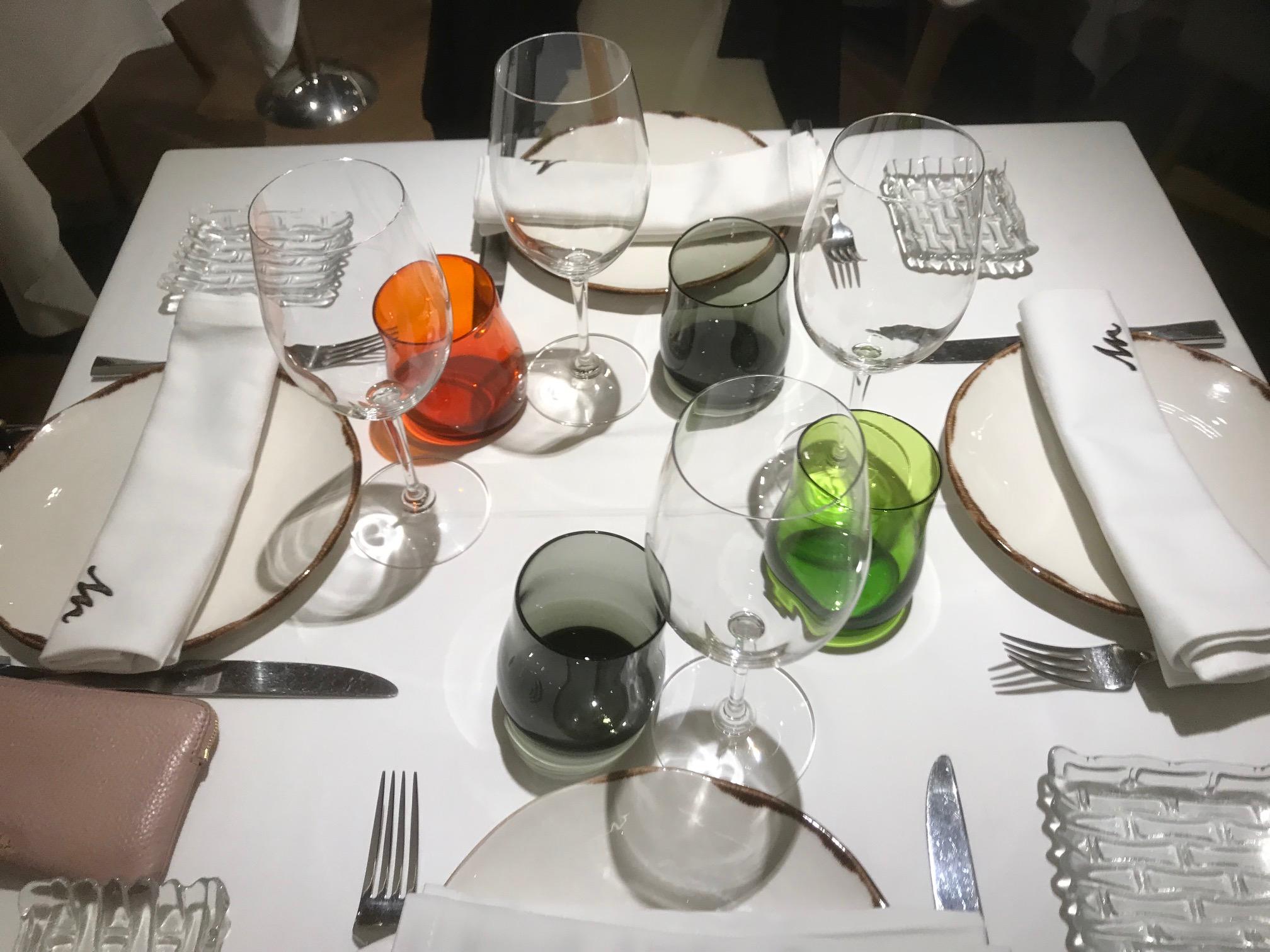 La Montería En esta mesa da gusto cenar.