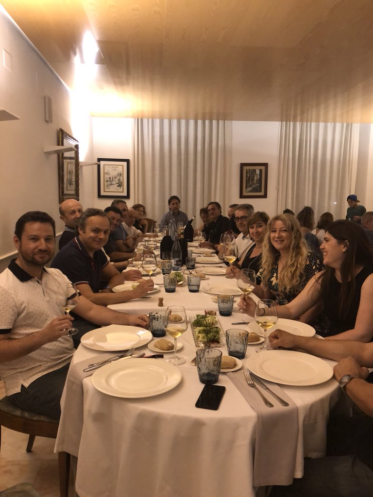 Cena de sobaquillo