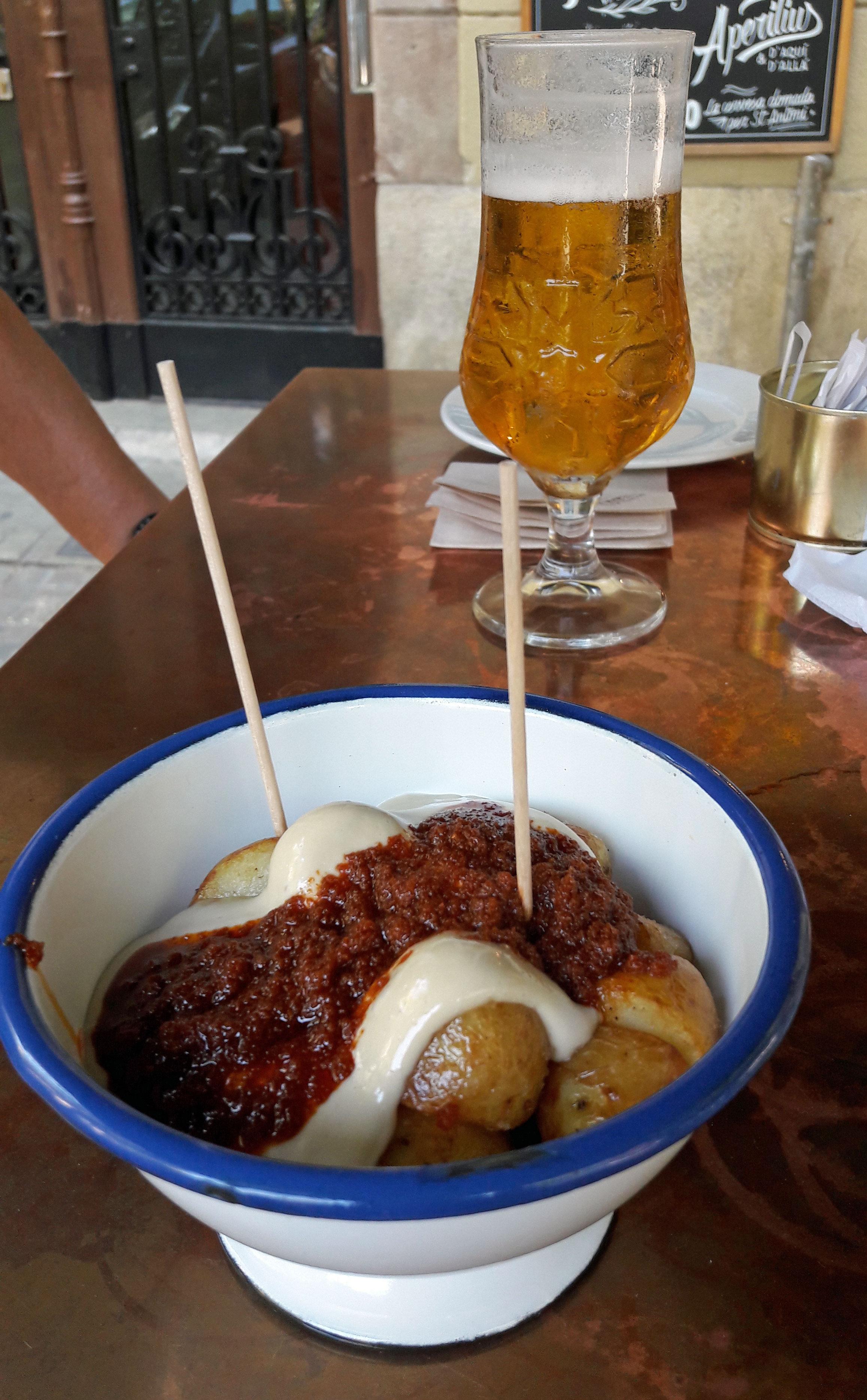 Restaurante en Barcelona Patatas bravas