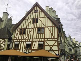 Restaurante Au Molin à Vent en dijon
