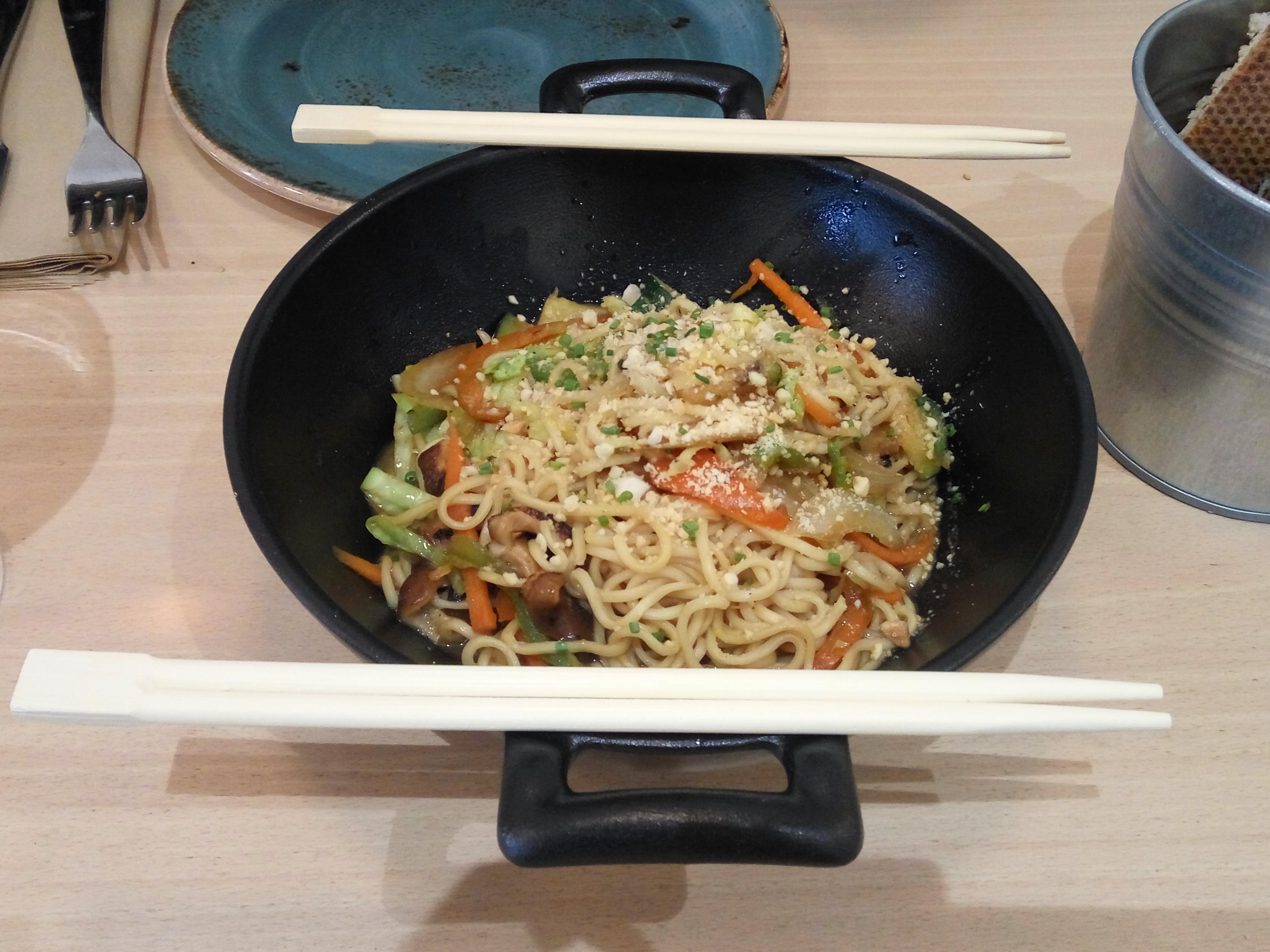 Restaurante El curry verde Wok de verduras