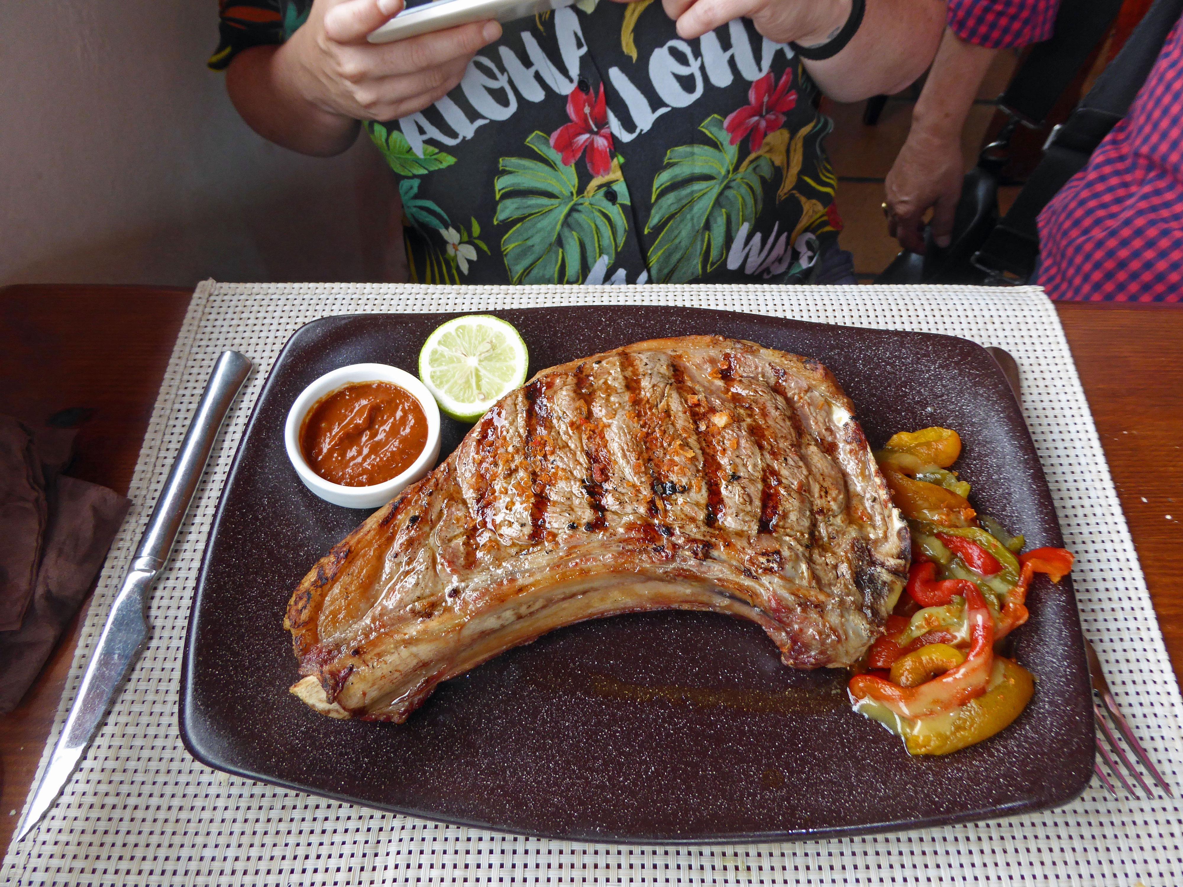 Restaurante San Diego Chuleton de novillo a la parrilla, 850 gr