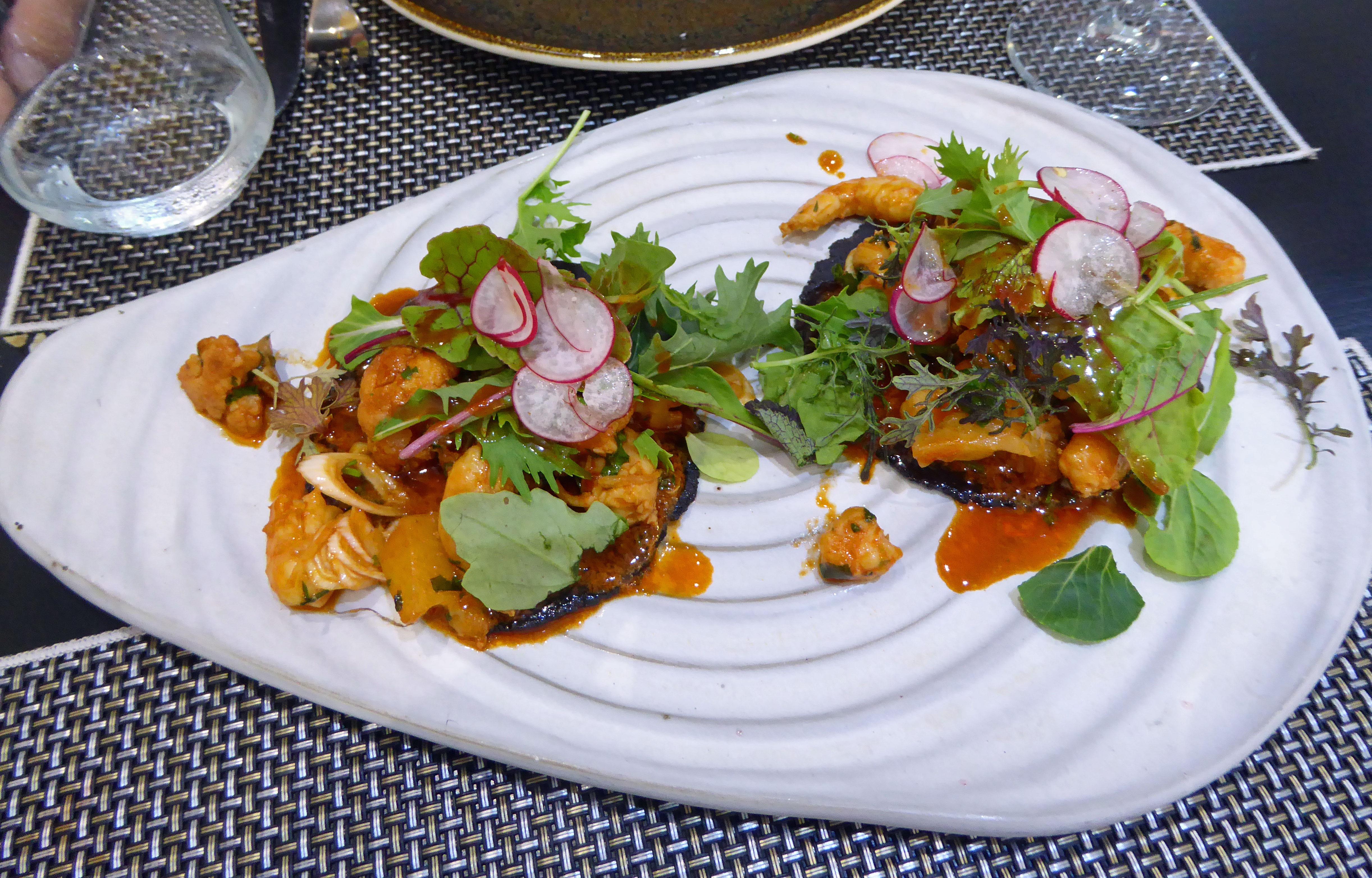 AIE Gastrobar Tacos mexicanos de langostino y coliflor