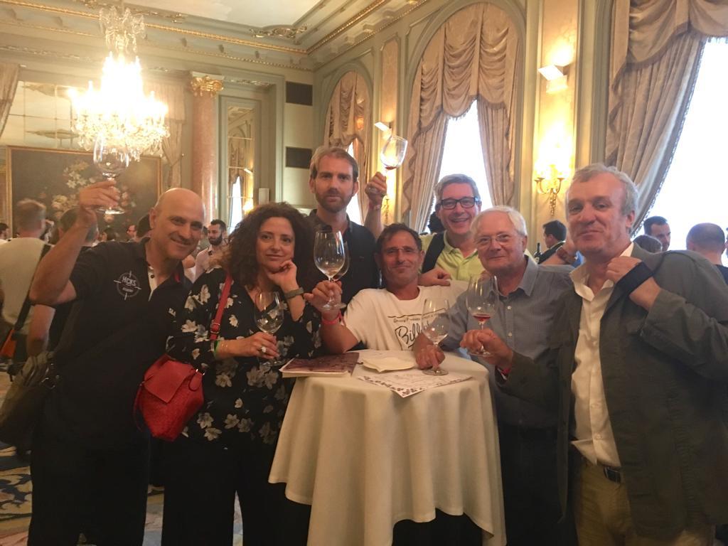 Parte del grupo Orfes de Barcelona disfrutando del evento