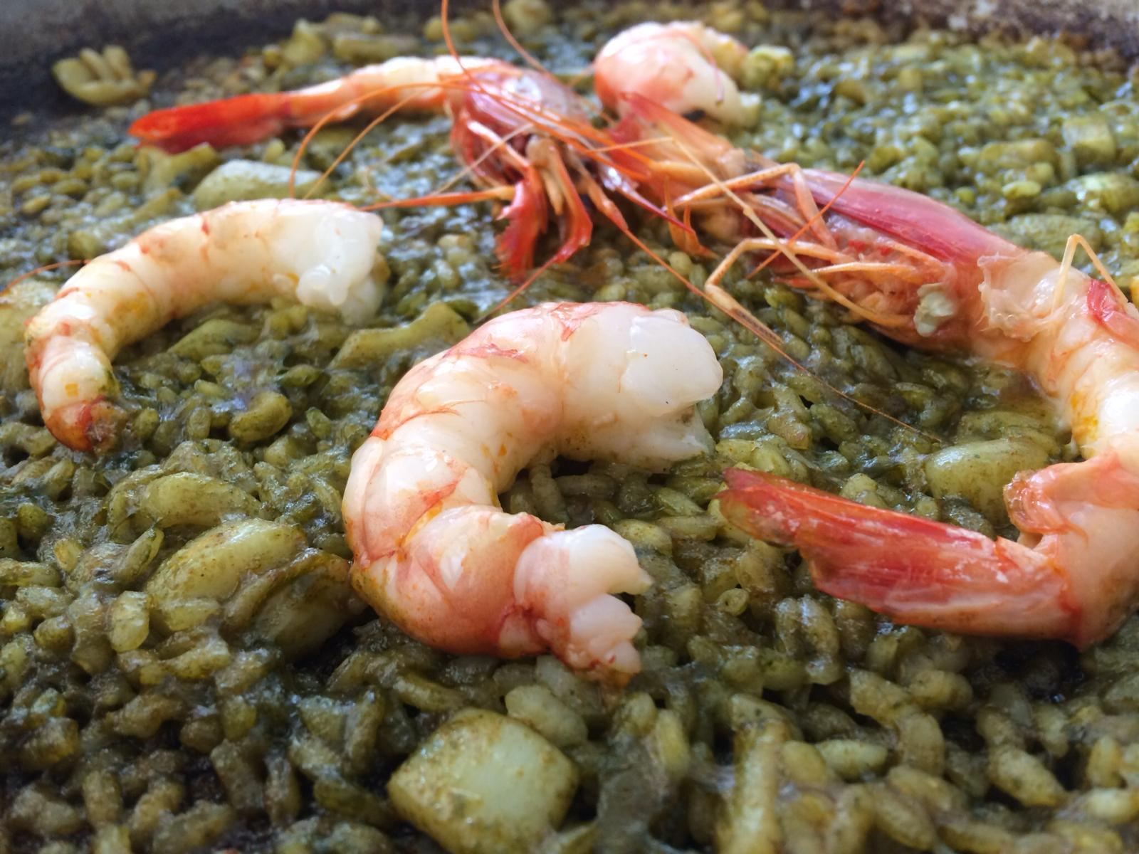 Restaurante Arrocería MariBel Arroz a Banda de gambas y placton