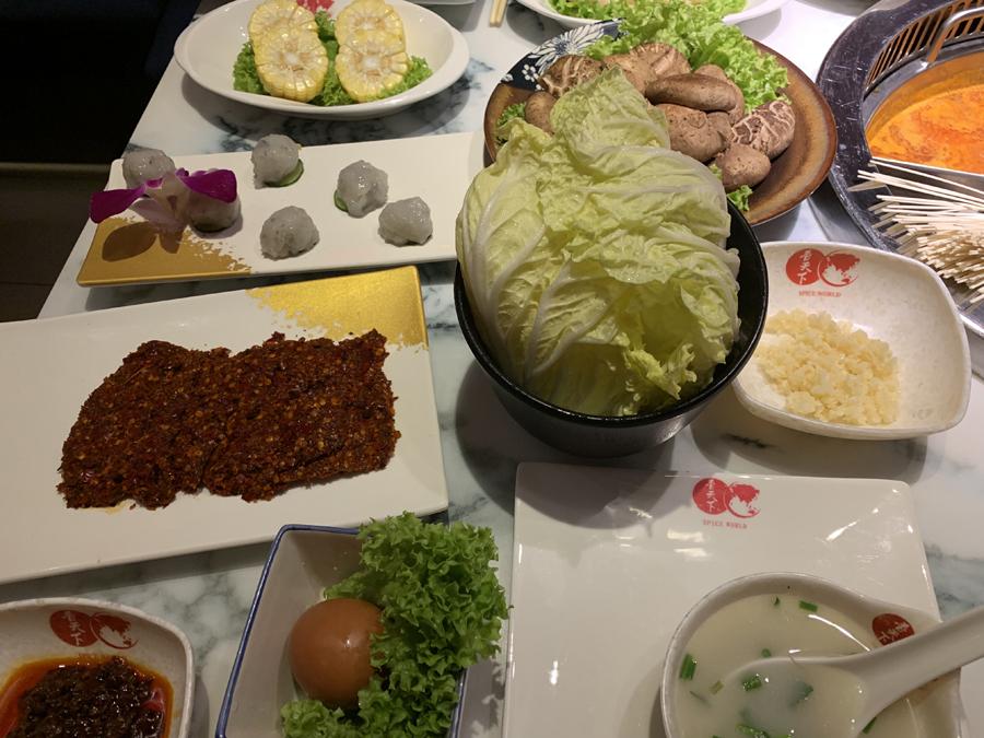 Xiangtianxia Hot Pot Algunos ingredientes del Hot Pot