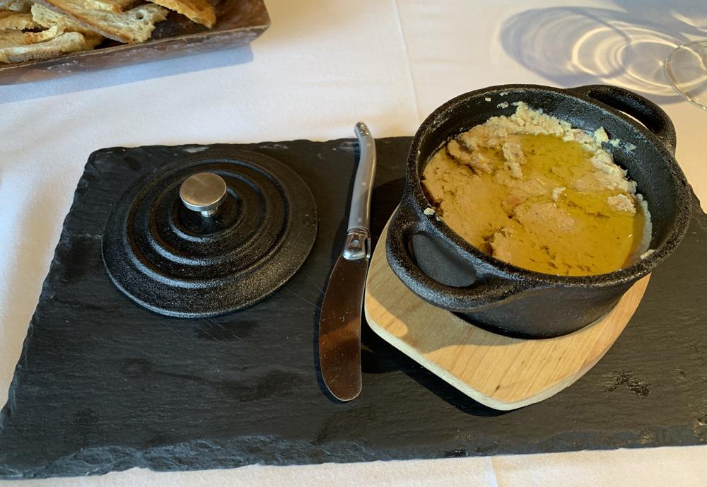 Restaurante La Almazara Paté de perdiz escabechada con aceite de oliva virgen arbequina