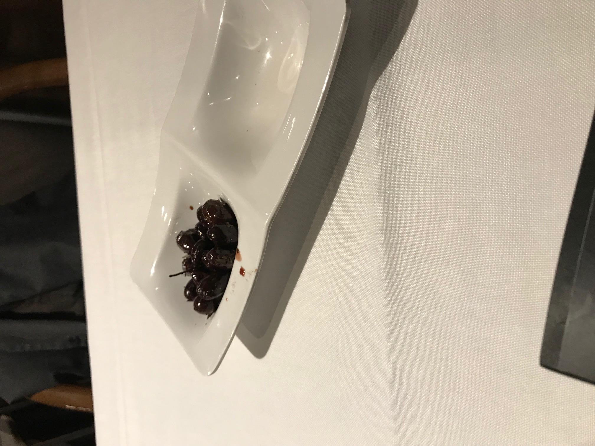 Restaurante Plató Resturant Esas olivas negras para abrir boca,...