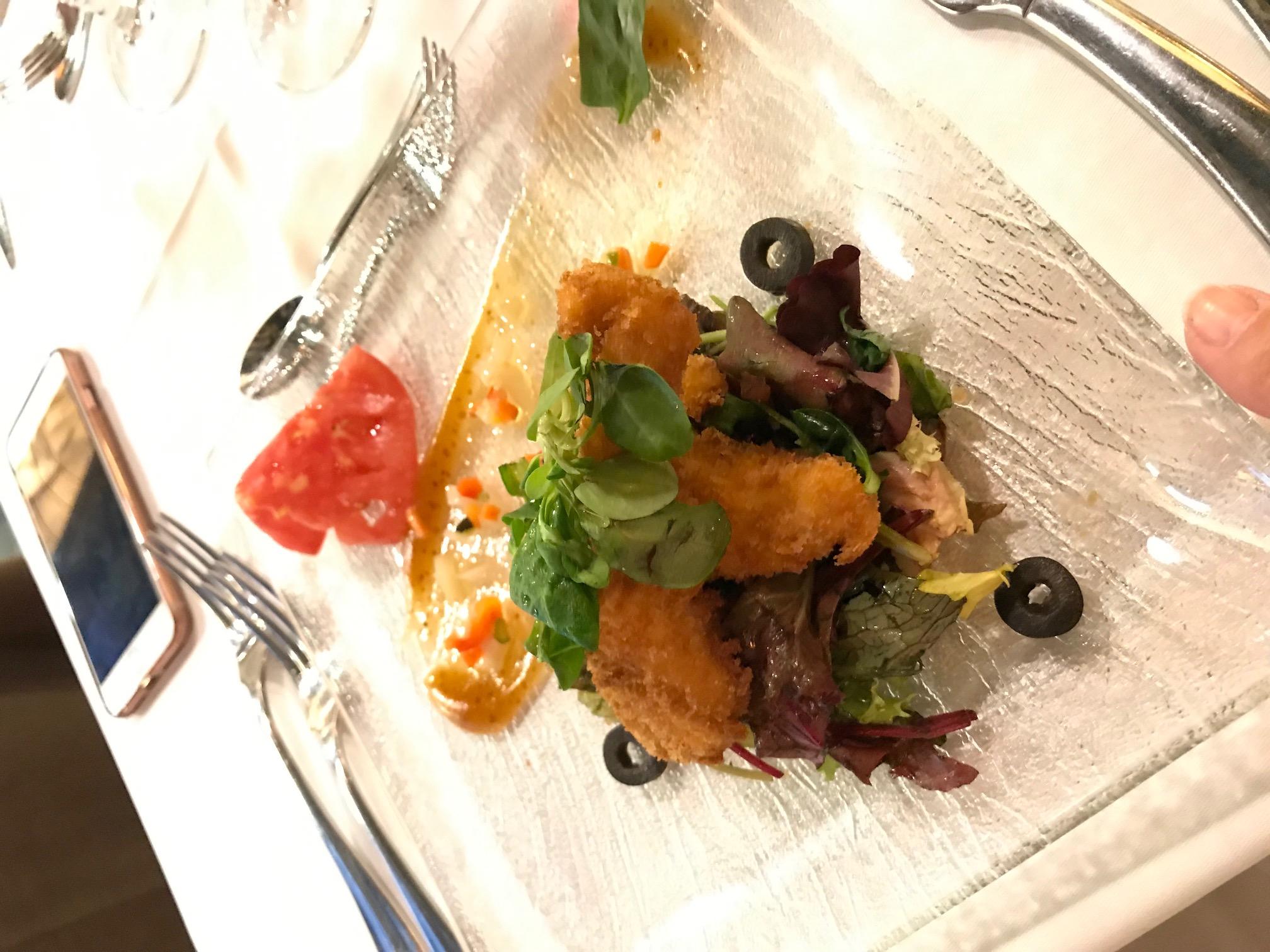 Restaurante El Boj (Hotel Santa Cristina) Su versión de ensalda César.
