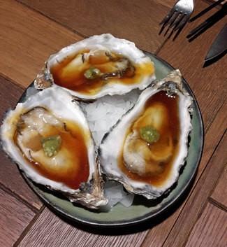 """Ostra """"Tsukiji"""""""