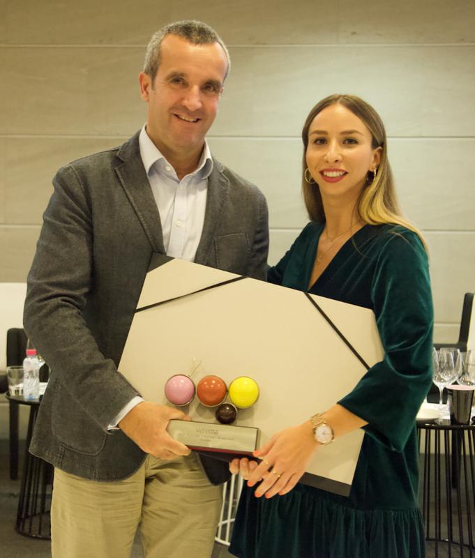 Xavier Casañas, Director de negocio de Excelsia Vinos y Destilados. Marta Calabuig,