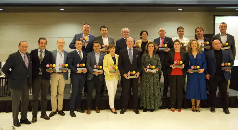 Foto de grupo con los ganadores de los Premios Verema 2019