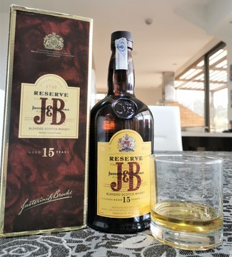 J&B reserve 15