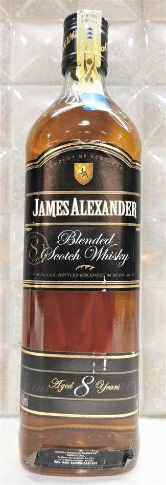 James Alexander 8 años