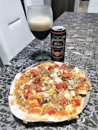 Con la Pizza casera