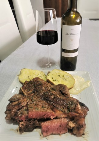Con el Porterhouse steak de 960 grs