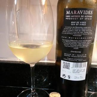 Maravides Chardonnay Viñedos Balmoral Finca El Moralejo 1000 metros de altitud 2019, Alpera (España)